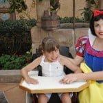 Pessoas com necessidades especiais na Disney – A viagem da Ana Beatriz, cadeirante